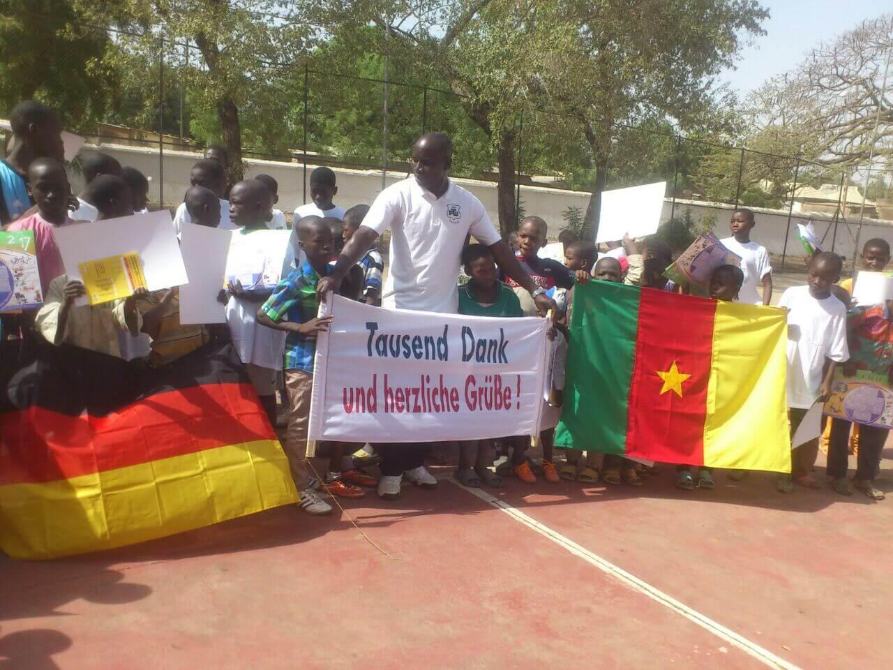 Tennisschläger für Kamerun 02