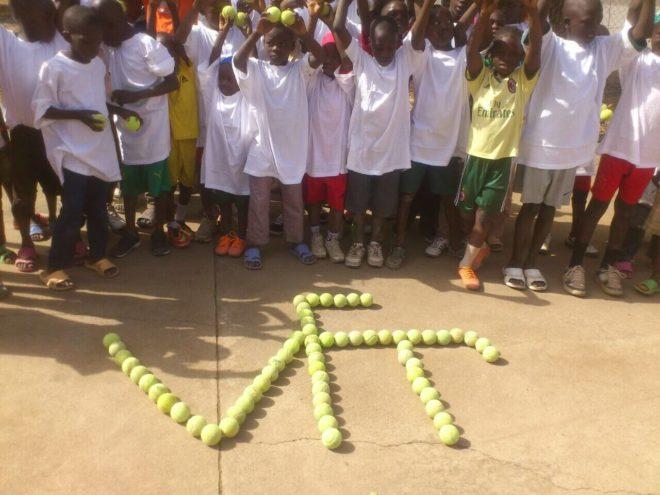 Tennisschläger für Kamerun 03